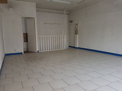 Local commercial de 30m² plus s/sol